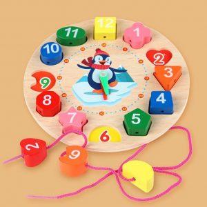 horloge multicolore à lacet