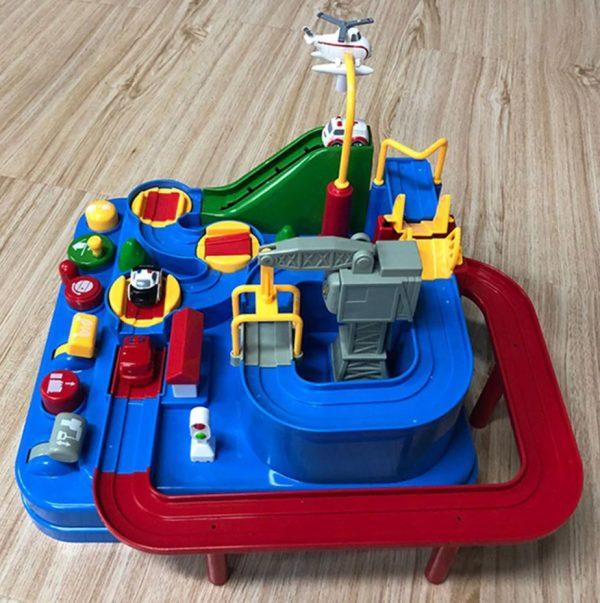 jeu de circuit et voiture Montessori