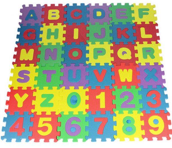 Puzzle en mousse Chiffres et lettres