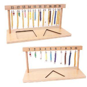 cintre avec escalier de perles colorées